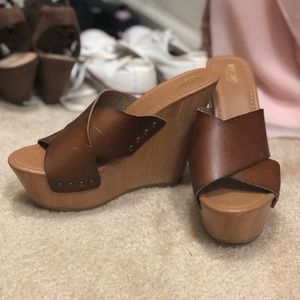 Mossimo Supply Co Brown Leatherette Wedges